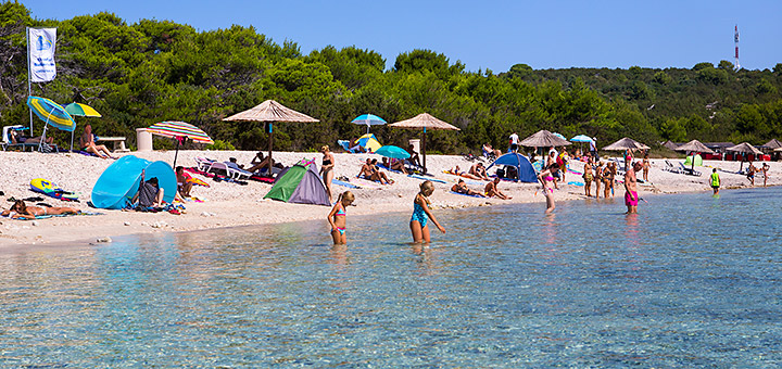 Písečná pláž Sakarun, Soline, Dugi Otok, Chorvatsko